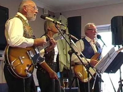 Keeston Trio